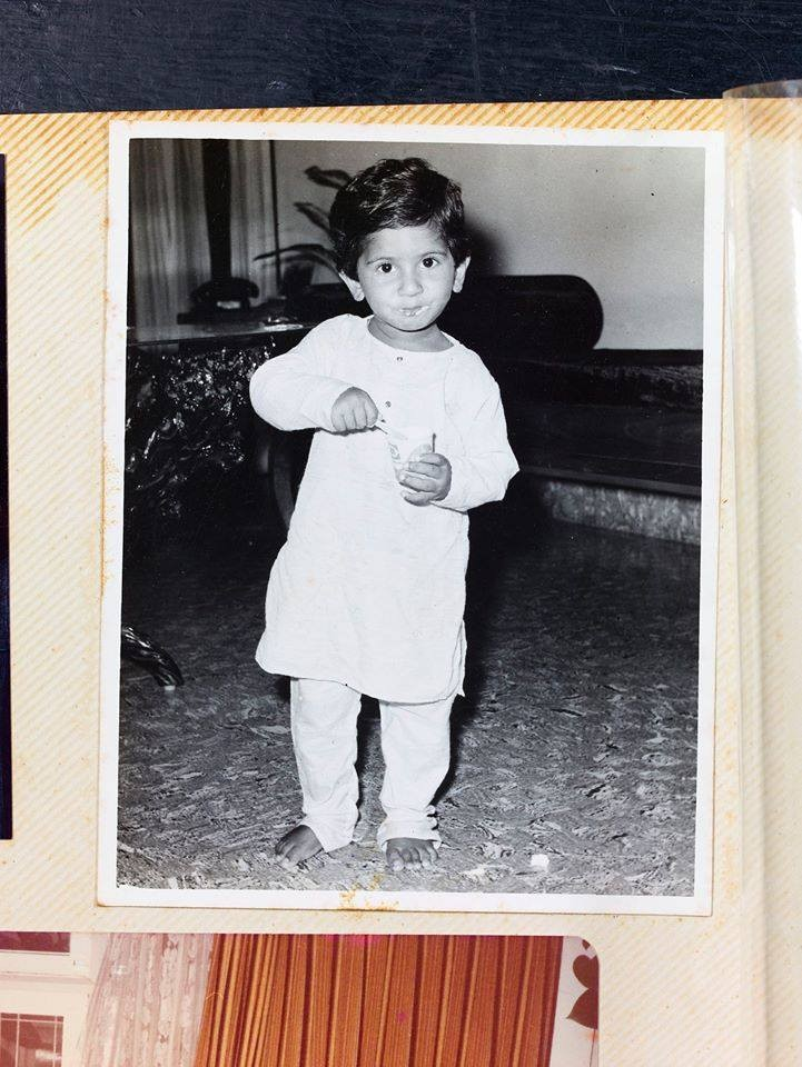 Malayalam actors childhood photos,mohanlal childhood photos