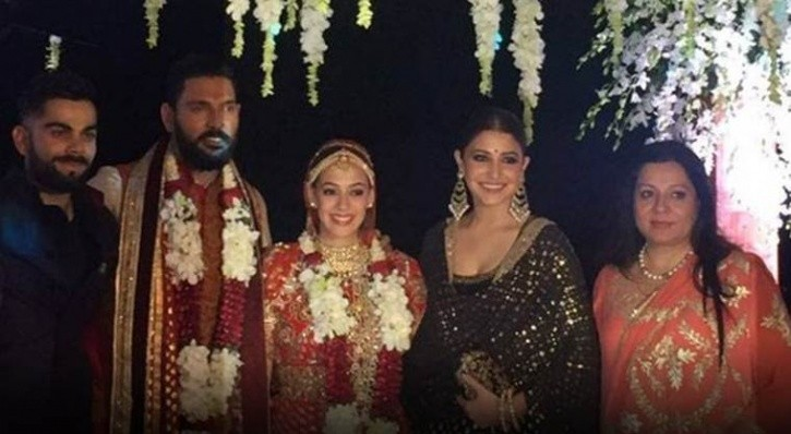 Virat Kohli,Anushka Sharma,Virat Kohli and Anushka Sharma,Virat Kohli,Anushka Sharma at Yuvraj Singh-Hazel Keech's wedding,Yuvraj Singh-Hazel Keech's wedding,Yuvraj Singh-Hazel Keech's marriage,Yuvraj Singh wedding,yuvraj singh marriage