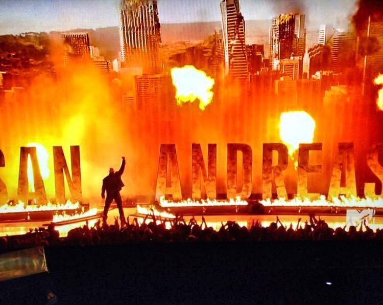 San Andreas Movie Stills,San Andreas Movie pics,San Andreas Movie images,San Andreas Movie photos,San Andreas,hollywood movie San Andreas,Dwayne Johnson,actor Dwayne Johnson,Dwayne Johnson movie San Andreas,The Rock Movie San Andreas,Dwayne Johnson pics,D