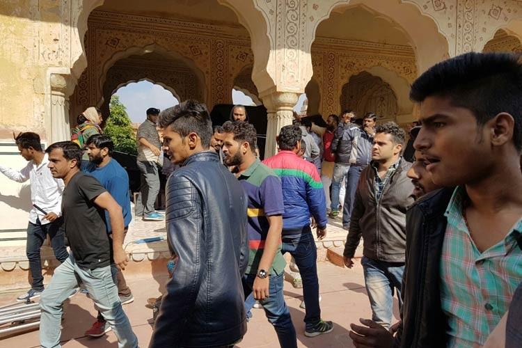 Sanjay Leela Bhansali attacked,Sanjay Leela Bhansali,sanjay leela bhansali attacked on Padmavati sets,Padmavati,Padmavati shooting,Deepika Padukone,Ranveer Singh,Shahid Kapoor