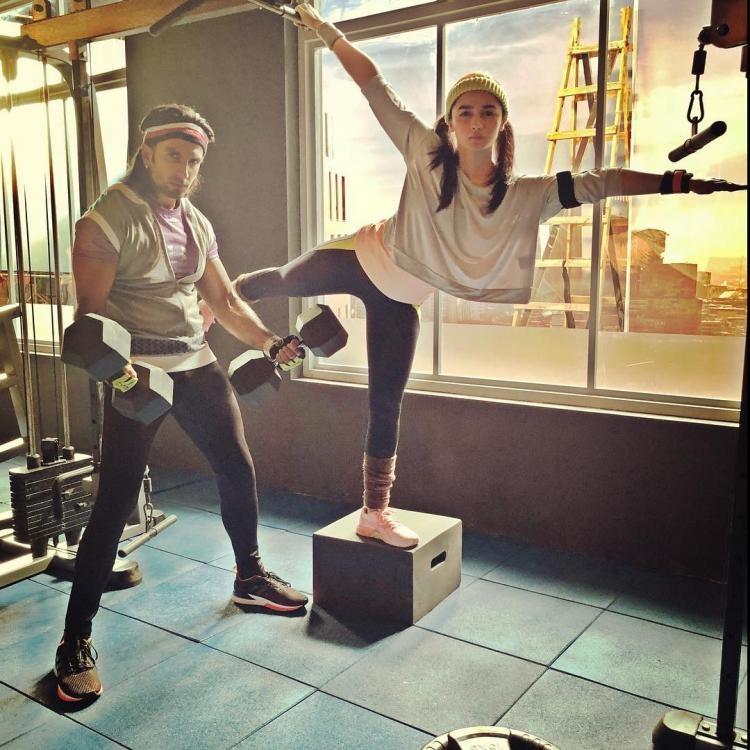 Ranveer Singh and Alia Bhatt,Ranveer Singh,Alia Bhatt,Ranveer Singh and Alia Bhatt in Gym,Ranveer Singh and Alia Bhatt workout,Gully Boy