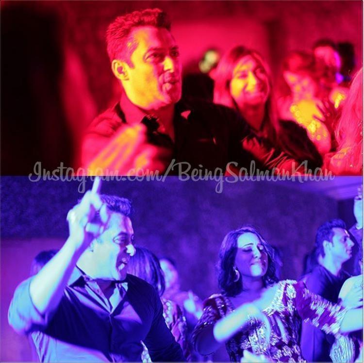 Salman Khan, Sonakshi Sinha at Arpita Khan's Wedding Reception