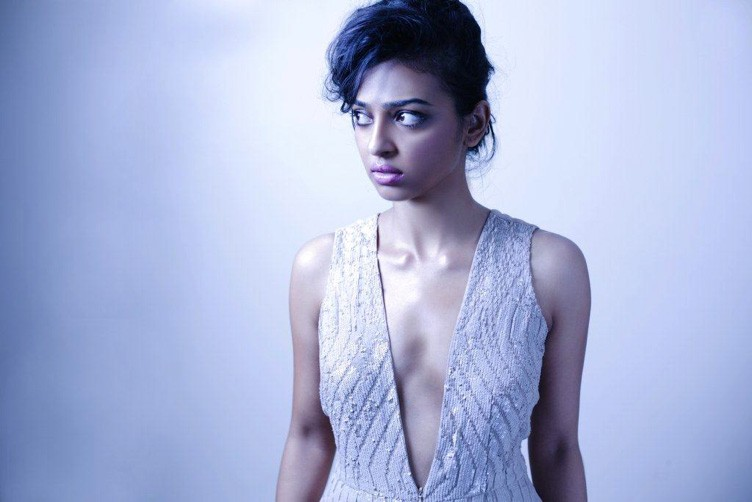 Radhika Apte,actress Radhika Apte,Radhika Apte hot pics,hot Radhika Apte,Radhika Apte pics,Radhika Apte images,Radhika Apte photos,Radhika Apte leaked pics,Radhika Apte wardrobe malfunction photos,Radhika Apte flash underwear photos