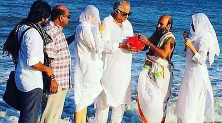 Boney Kapoor,Jahnvi and Khushi,Jahnvi,Khushi,Sridevi,Sridevi ashes