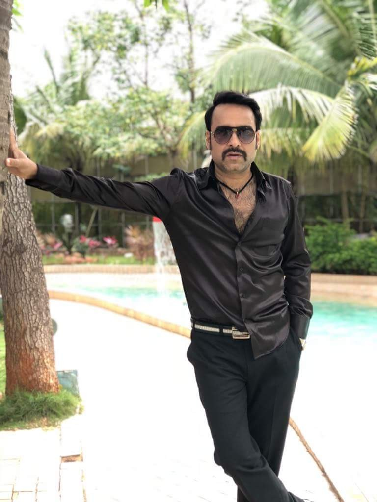 Pankaj Tripathi,Pankaj Tripathi look in Shakeela biopic,Shakeela biopic,Stree,Pankaj Tripathi in Shakeela biopic,Richa Chadha