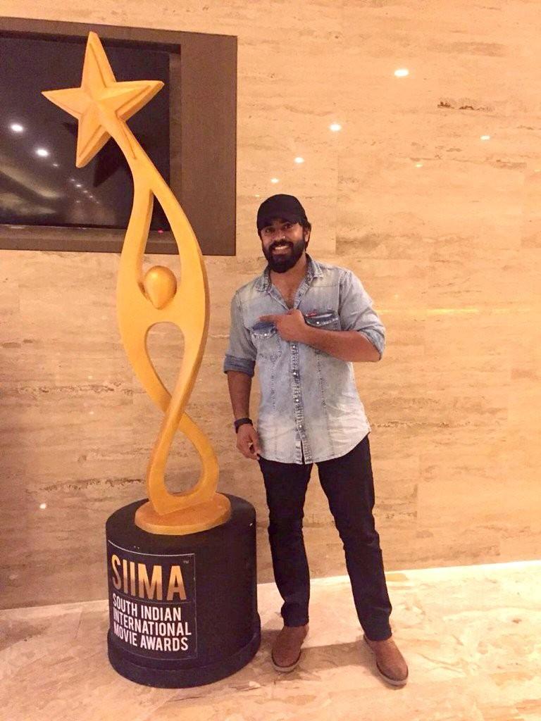 SIIMA Awards,SIIMA Awards winners,SIIMA Awards 2016,Arun Vijay,Nivin Pauly,Sivakarthikeyan,South Indian International Movie Awards,SIIMA,Remo,Senjitaley song,Senjitaley,SIIMA Awards pics,SIIMA Awards images,SIIMA Awards photos,SIIMA Awards stills,SIIMA Aw
