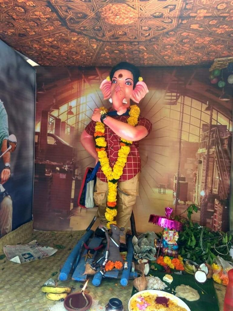 Ganesh Chaturthi,Ganesh Chaturthi in Janatha Garage,Ganesh Chaturthi in Janatha Garage style,Janatha Garage,Ganesh idol in Jr NTR style,Ganesh idol as Jr NTR,Ganesh Chaturthi celebrations,Ganesh Chaturthi celebrations pics,Ganesh Chaturthi celebrations im