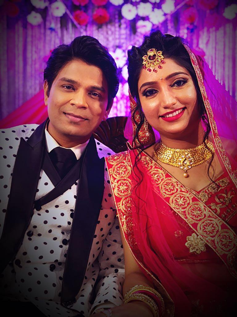 Ankit Tiwari,Ankit Tiwari marriage,Ankit Tiwari wedding,Ankit Tiwari  engaged Pallavi Shukla,Pallavi Shukla