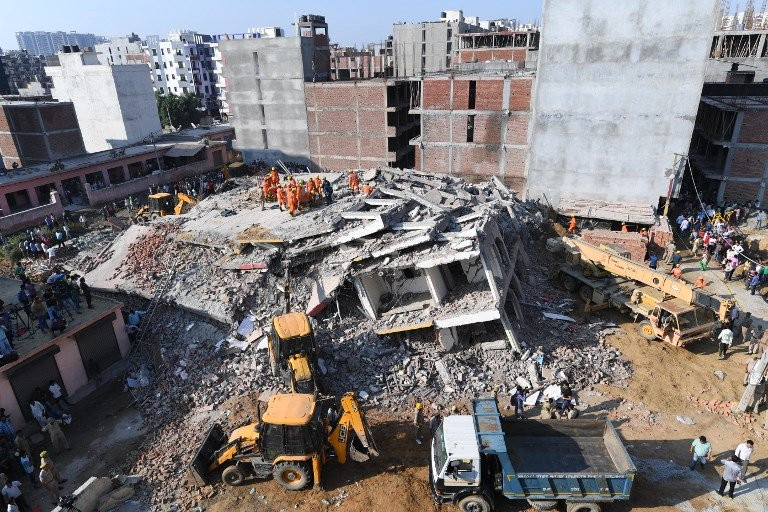 Greater Noida,2 buildings collapse in greater noida,Greater Noida building collapse,building collapse,Twin-building collapse,Twin-building collapse pics,Twin-building collapse images,Twin-building collapse stills,Twin-building collapse pictures,Twin-build