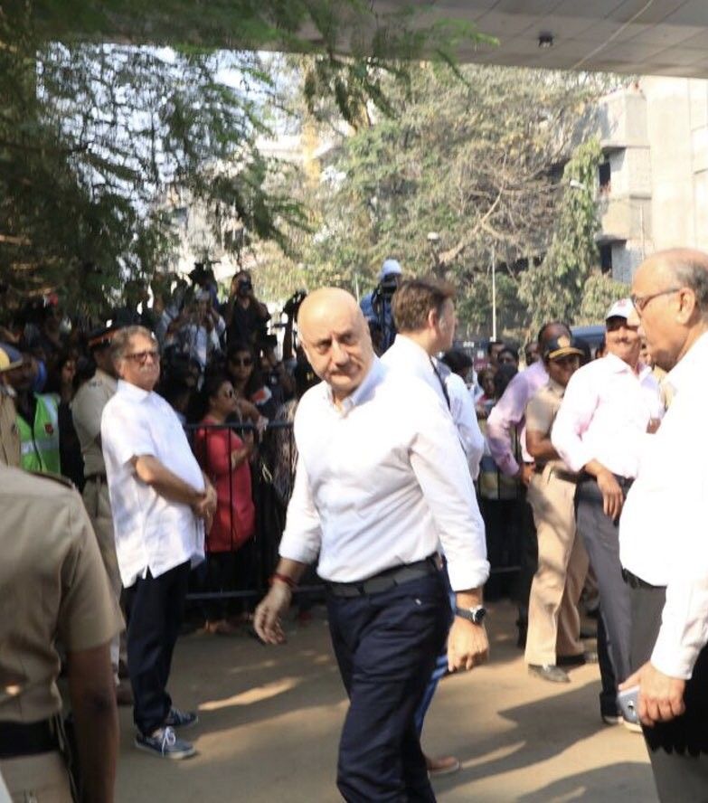 Farhan Akhtar,Arjun Rampal,Anupam Kher,Lara Dutta,Mahesh Bhupathi,Sridevi funeral,celebs at Sridevi funeral,Sridevi funeral pics,Sridevi funeral images