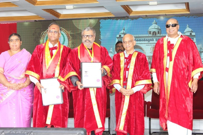 Vivek Honoured by Doctorate,Vivek,actor Vivek,Vivek pics,Vivek images,dr Vivek,Doctorate,Doctorate award