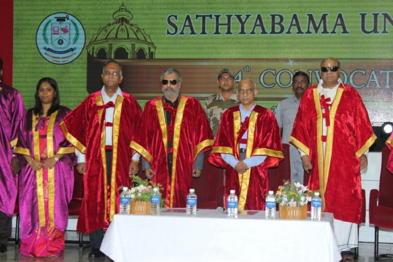 Vivek Honoured by Doctorate,Vivek,actor Vivek,Vivek pics,Vivek images,dr Vivek,Doctorate,Doctorate award