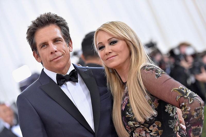 Blake Lively,Amanda Seyfried,Onscreen Couple,hollywood celebrities,Hollywood news,Hollywood Gossip,Jennifer Lopez,ben affleck jennifer garner