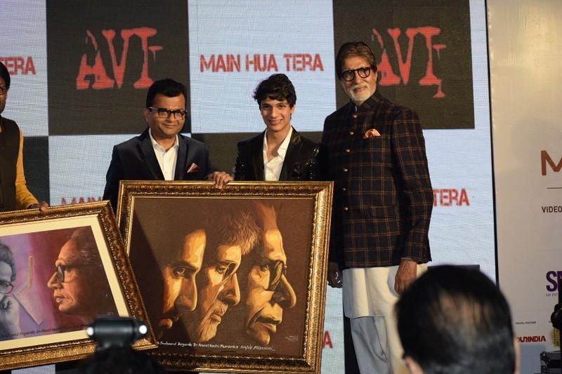 Avi,Avitesh Shrivastava,Main Hua Tera Song Launch,Amitabh Bachchan,amitabh bachchan twitter,Senior Bachchan,Aadesh Shrivastava,Music Launch
