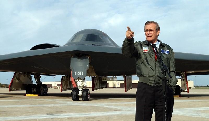 B-2 Stealth Bomber,B2 stealth bomber,US Air Force,bill clinton,stealth fighter,F-117 Nighthawks,B2 Bomber Turns 30,Donald Rumsfeld