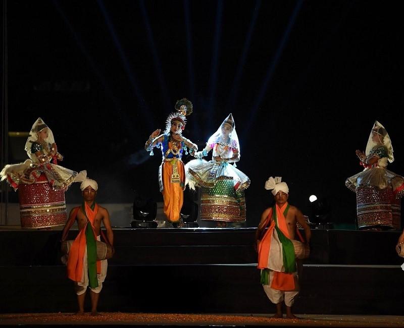 Prime Minister Narendra Modi,statue of unity,Laser Show,Kewadia,Statue of Unity height,Statue of Unity India,Statue of Unity sculptor Ram V Sutar,Prime Minister Narendra Modi BJP,Sardar Vallabhbhai Patel,Rajnath Singh