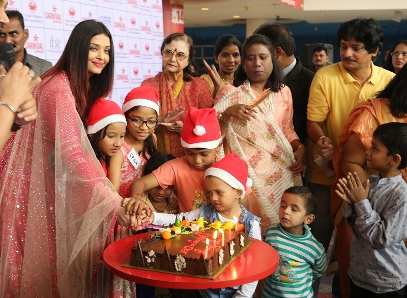 Aishwarya Rai Bachchan,Aishwarya rai Bachchan photos,Aishwarya Rai Bachchan cancer kids,Aishwarya Rai Bachchan charity,Cancer kids,wadala,cancer,cancer treatment,children with cancer