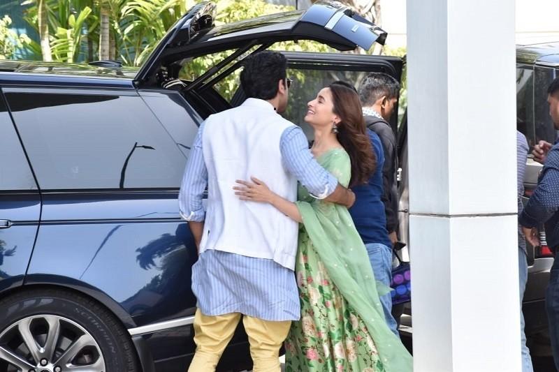 Brahmastra,ranbir kapoor alia bhatt,prayagraj,Kumbh mela,kumbh,Kumbh mela 2019,John Abraham,Mouni Roy,RAW,RAW trailer,Raw trailer launch,Mouni Roy brahmastra,sikandar kher