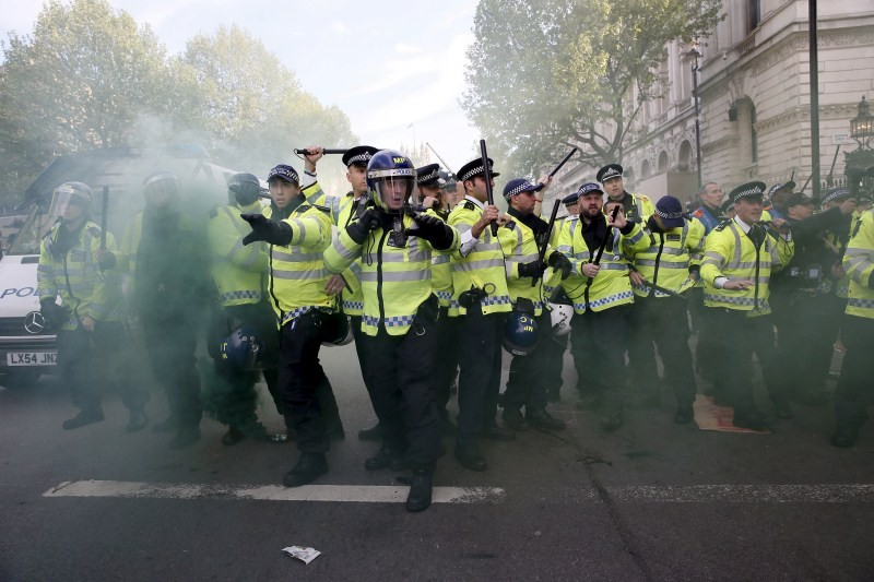 Anti-Tory Protests in London,Protests in London,Anti-Tory Protests,Police clash,Conservative Party,London,anti-government protesters,anti government protesters,Anti Tory protests,Anti Tory protes