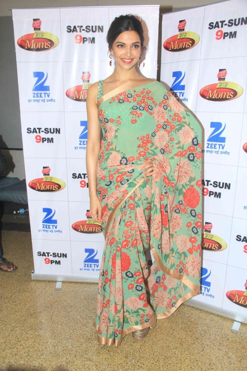 Deepika Padukone,actress Deepika Padukone,bollywood actress Deepika Padukone,Deepika Padukone Latest Pics,Deepika Padukone Latest images,Deepika Padukone Latest photos,Deepika Padukone Latest stills,deepika padukone news,deepika padukone movies,anisha pad