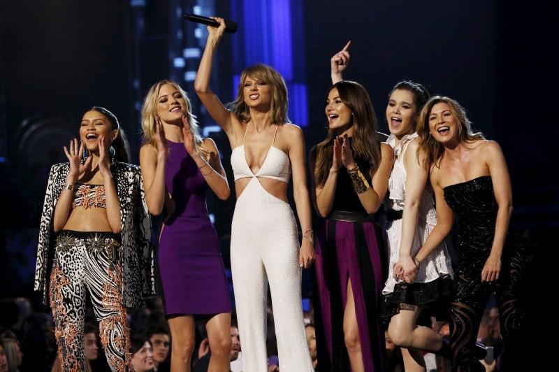 Billboard Music Awards,Billboard Music Awards 2015,Billboard Music Awards pics,Billboard Music Awards images,Billboard Music Awards photos,Billboard Music Awards stills,billboard music awards 2015 winners,Billboard Music Awards Las Vegas,Billboard music a