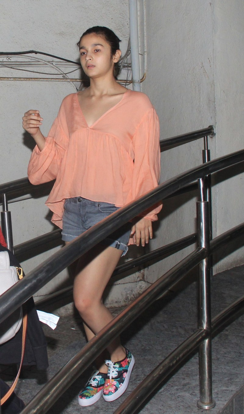 Alia Bhatt,actress Alia Bhatt,Alia Bhatt Latest Pics,Alia Bhatt Latest images,Alia Bhatt Latest photos,Alia Bhatt Latest stills,Alia Bhatt pics,Alia Bhatt images,Alia Bhatt photos,Alia Bhatt stills,Alia Bhatt pictures