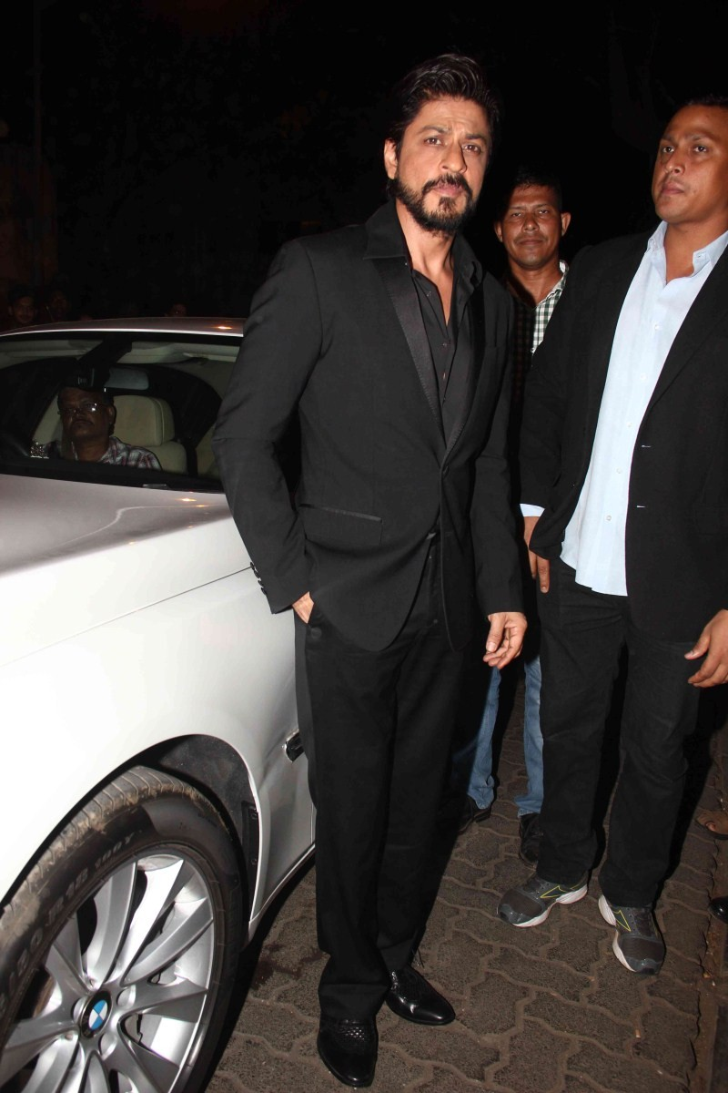 Shahrukh Khan at Piku Success Party,SRK at Piku Success Party,Piku Success Party,piku,Shahrukh Khan,actor Shahrukh Khan,Shahrukh Khan pics,Shahrukh Khan images,Shahrukh Khan photos,Shahrukh Khan stills,Shahrukh Khan pictures,Shahrukh Khan latest pics,Shah