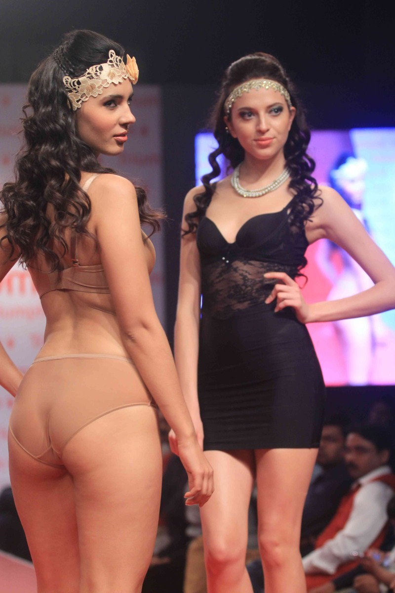 Triumph Fashion Show 2015,Triumph Fashion Show,models at Triumph Fashion Show 2015,models at Triumph Fashion Show,fashion show,Lingerie Triumph Fashion Show,Lingerie Fashion Show,Lingerie Show,models in Lingerie,bikini show,bikini fashion,models in bikini