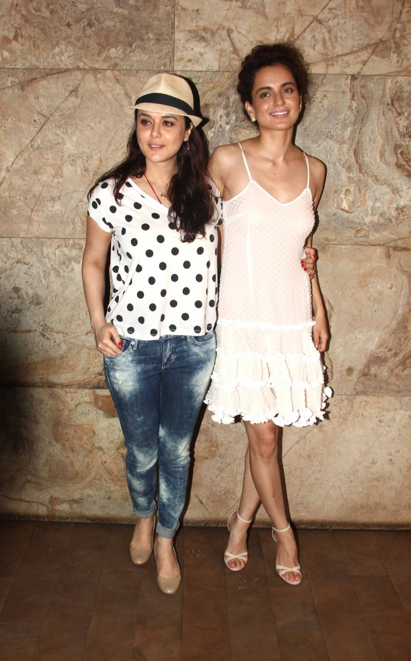 Kangana Ranaut,Tanu Weds Manu Returns,Preity Zinta,Preity Zinta and Kangana Ranaut,Preity Zinta at Tanu Weds Manu Returns Special Screening,Tanu Weds Manu Returns Special Screening,Tanu Weds Manu