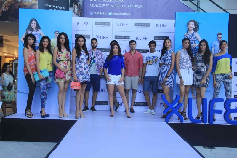 Lauren Gottlieb launches latest collection of LIFE,Lauren Gottlieb,latest collection of LIFE,actress Lauren Gottlieb,Lauren Gottlieb pics,Lauren Gottlieb images,Lauren Gottlieb at fashion show,Lauren Gottlieb ramp walk,Lauren Gottlieb stills,Lauren Gottli