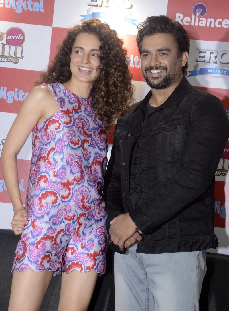 Tanu Weds Manu Returns Promotion at Reliance Digital Store,Tanu Weds Manu Returns movie Promotion,Tanu Weds Manu Returns,bollywood movie Tanu Weds Manu Returns,Tanu Weds Manu Returns movie promotion pics,Tanu Weds Manu Returns movie promotion images,Tanu