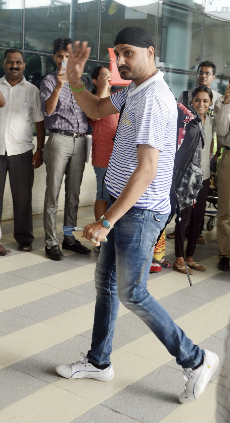 Harbhajan Singh spotted at Airport