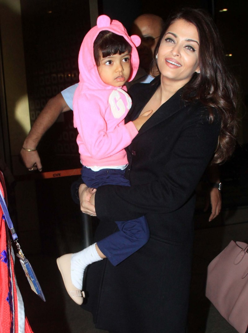 Aishwarya Rai and Aaradhya returns from Cannes Film Festival