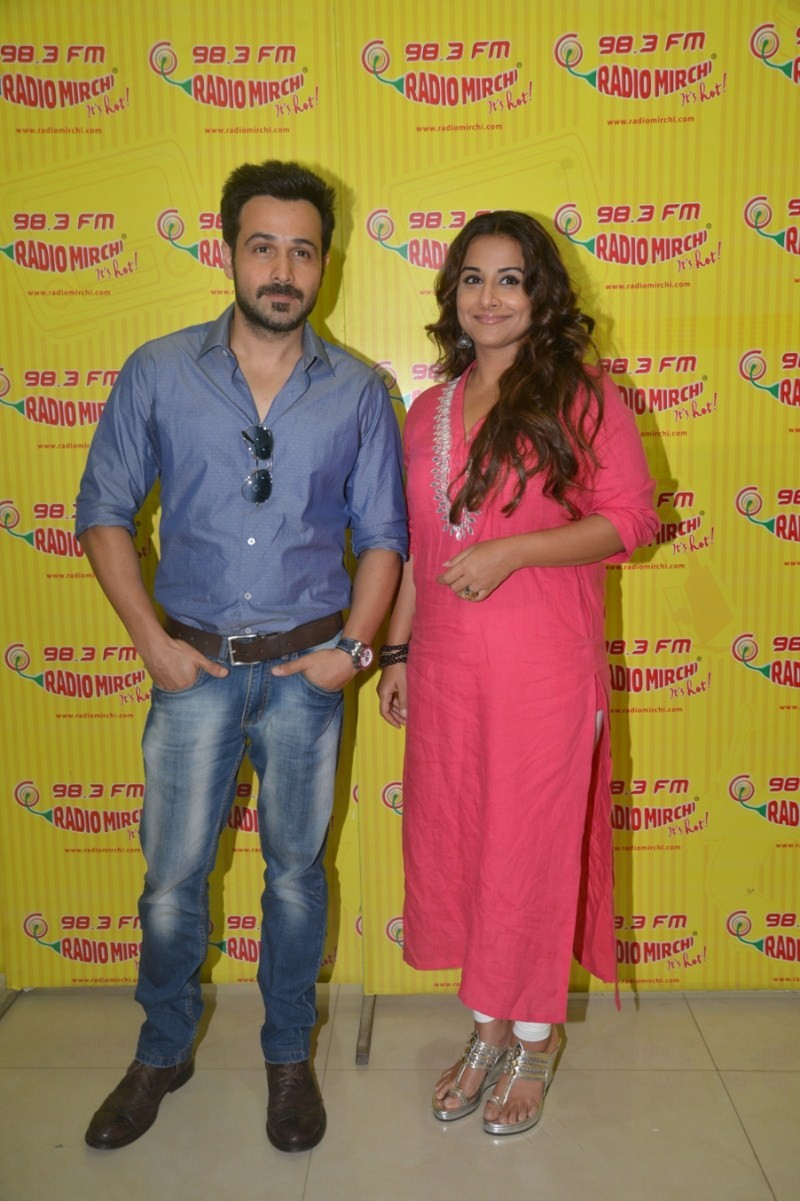 Emraan Hashmi and Vidya Balan promote Hamari Adhuri Kahani on Radio Mirchi,Emraan Hashmi,Vidya Balan,Hamari Adhuri Kahani on Radio Mirchi,Promotion of Hamari Adhuri Kahani,Radio Mirchi,Hamari Adhuri Kahani,bollywood event