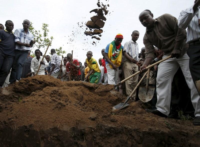 Burundi opposition figure Zedi Feruzi Shot Dead,Zedi Feruzi,Zedi Feruzi Shot Dead,Zedi Feruzi killed,Burundi opposition Leader,Pierre Nkurunziza,President Pierre Nkurunziza,protests,Zedi Feruzi furnel,Burundi opposition leader Zedi Feruzi Funeral,Burundi