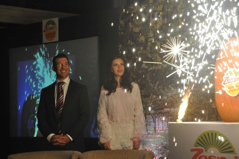 Kalki Koechlin unveils The Zespri SunGold Kiwifruit,Kalki Koechlin The Zespri SunGold Kiwifruit,Kalki Koechlin,actress Kalki Koechlin,bollywood actress Kalki Koechlin,The Zespri SunGold Kiwifruit,SunGold Kiwifruit,Kalki Koechlin pics,Kalki Koechlin images