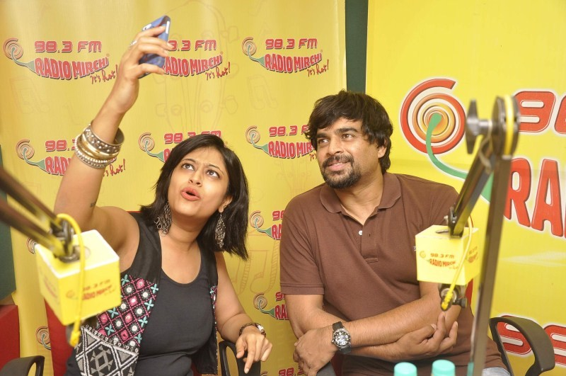 Tanu Weds Manu Returns Success Party at Radio Mirchi,Tanu Weds Manu Returns Success Party,Tanu Weds Manu Returns,bollywood movie Tanu Weds Manu Returns,Radio Mirchi,Madhavan,actor Madhavan,Madhavan at Tanu Weds Manu Returns Success Party