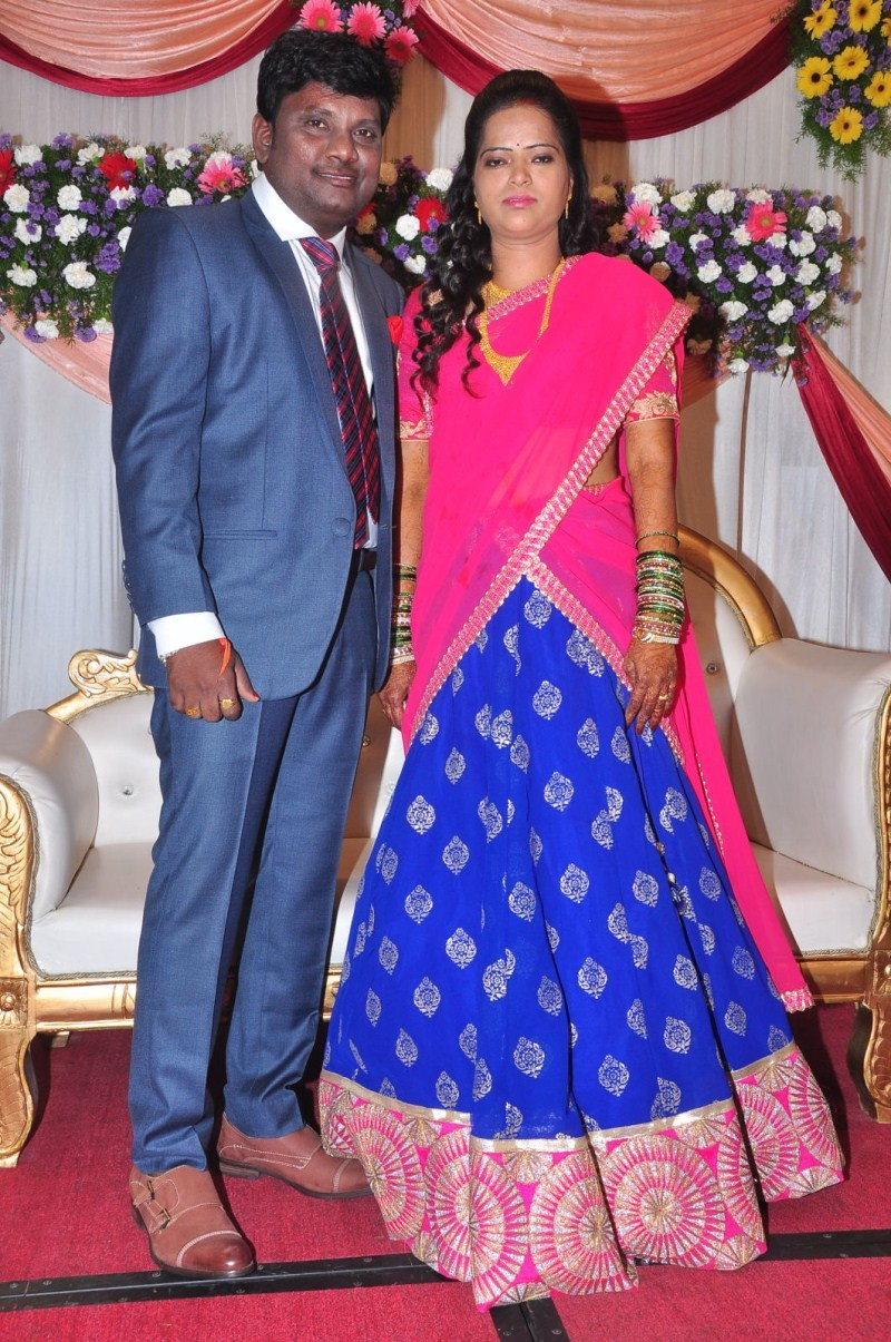 Thagubothu Ramesh Wedding Reception,Thagubothu Ramesh marriage Reception,Thagubothu Ramesh,Thagubothu Ramesh wedding photos,actor Thagubothu Ramesh,Thagubothu Ramesh Wedding Receptionm pics,Thagubothu Ramesh Wedding Reception images,Thagubothu Ramesh Wedd