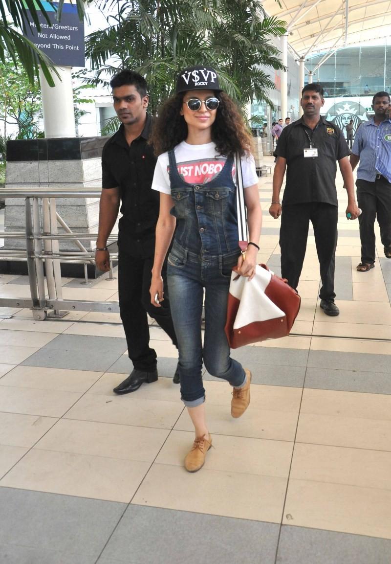 Bollywood Actress Kangana Ranaut Snapped at Mumbai Airport