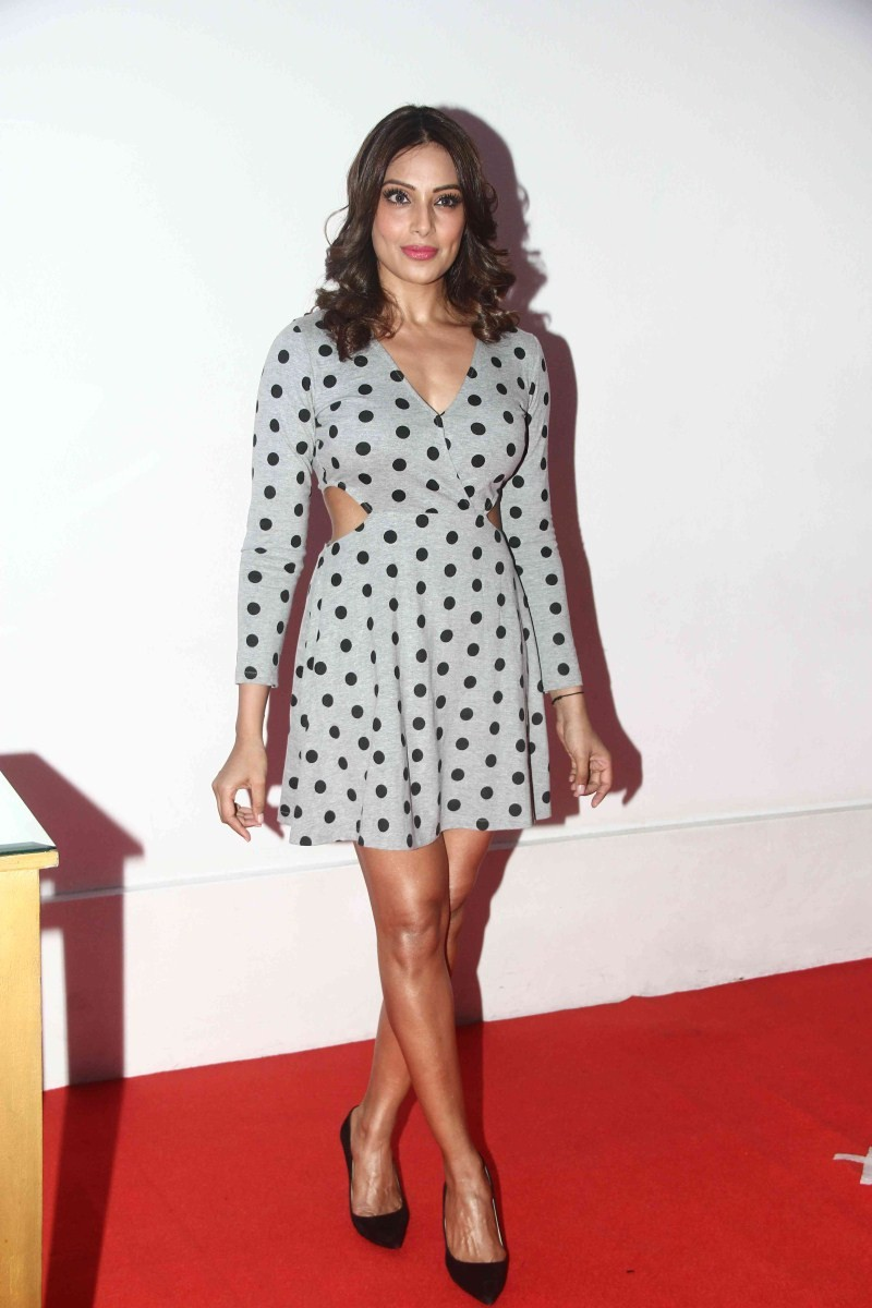 Bipasha Basu,Bipasha Basu at Madhavan Birthday Celebration,Actress Bipasha Basu,Madhavan Birthday Celebration,Bipasha Basu pics,Bipasha Basu images,Bipasha Basu photos,Bipasha Basu stills,Bipasha Basu latest pics,Bipasha Basu latest images,Bipasha Basu la