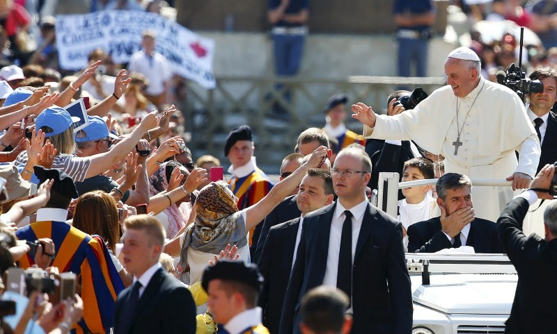 Pope Francis,Saint Peter's square,Pope Francis at Saint Peter's square,Pope Francis waves,pope francis facts,pope francis pics,pope francis images,pope francis photos,pope francis stills
