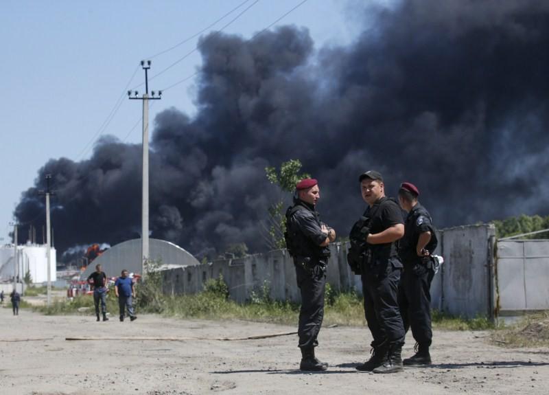 Fuel Depot Blaze,Massive fire,Ukraine fuel depot,Ukraine Fuel Depot,fuel depot,massive fire at a Ukrainian fuel depot