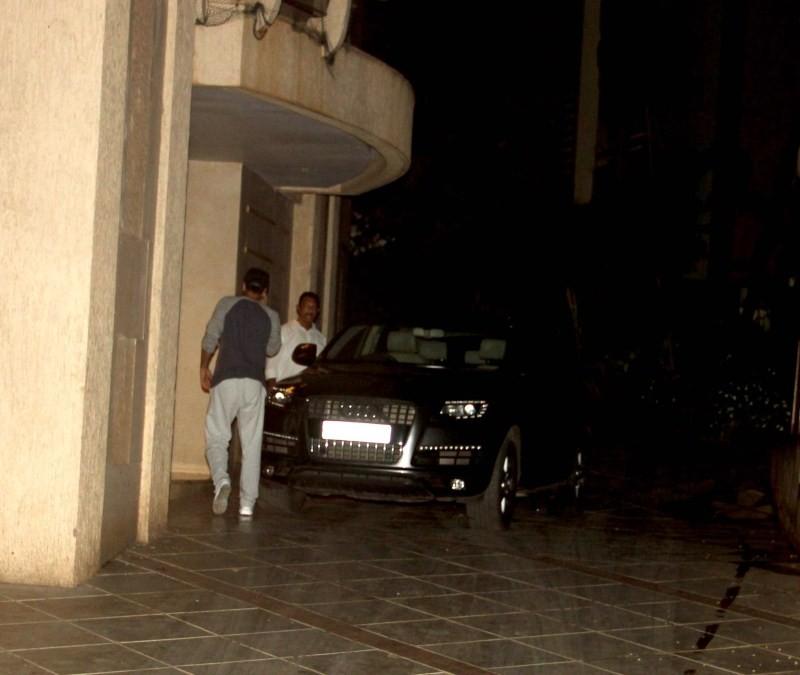 Ranbir Kapoor and Katrina Kaif snapped with Ayan Mukerji,Ranbir Kapoor and Katrina Kaif,Ranbir Kapoor,Katrina Kaif,Ayan Mukerji