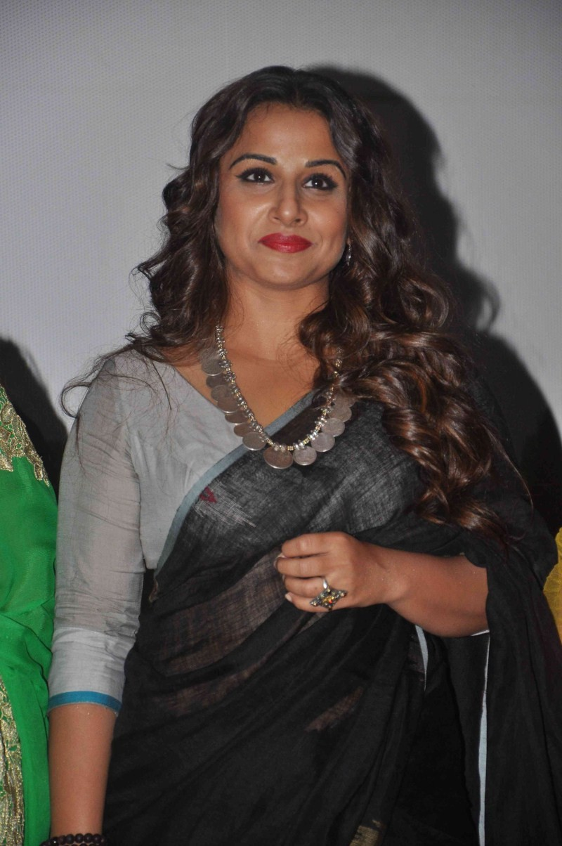 vidya balan in black saree - photos,images,gallery - 18312