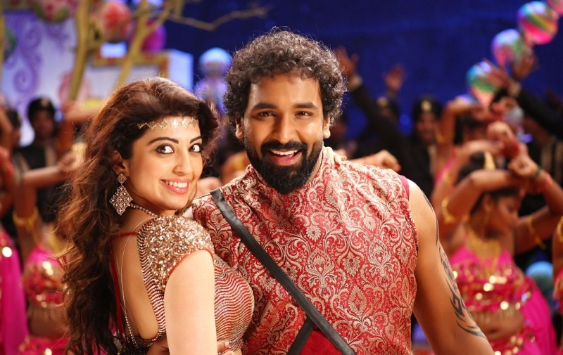Dynamite,telugu movie Dynamite,Dynamite Movie Stills,Dynamite Movie pics,Dynamite Movie photos,Vishnu Manchu,Pranitha Subhash,Pranitha,Dynamite pics,Dynamite stills,Dynamite photos