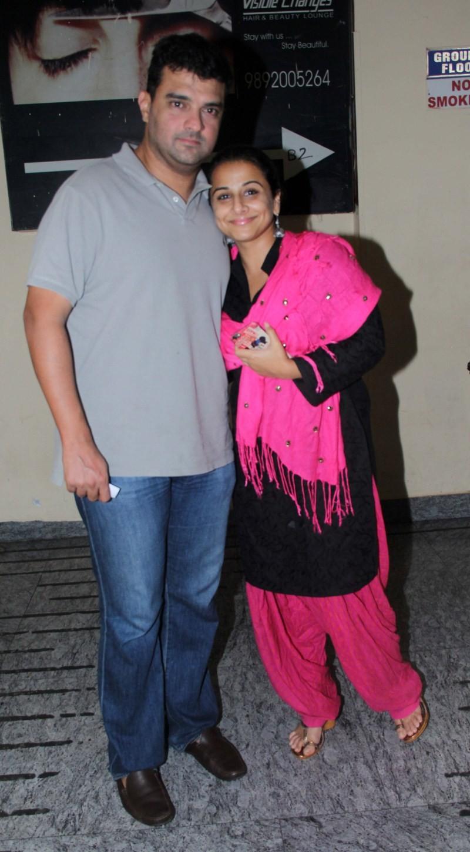Vidya Balan spotted at Juhu PVR,Vidya Balan,actress Vidya Balan,Vidya Balan pics,Vidya Balan images,Vidya Balan photos,Vidya Balan stills,Vidya Balan pictures