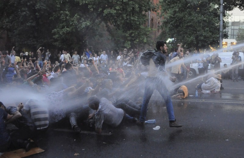 Armenian Protesters,Armenian Protesters Block Road,Energy Hike,Armenian Protesters Block Road for 3rd Day Over,hike in electricity,electricity prices