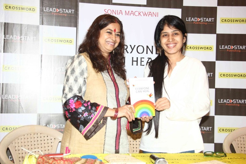Rekha Bhardwaj,Sonia Mackwani,Rekha Bhardwaj Launches Sonia Mackwani's Book 'Everyone Can Heal',Everyone Can Heal book launch,Everyone Can Heal,Sonia Mackwani's Book 'Everyone Can Heal'