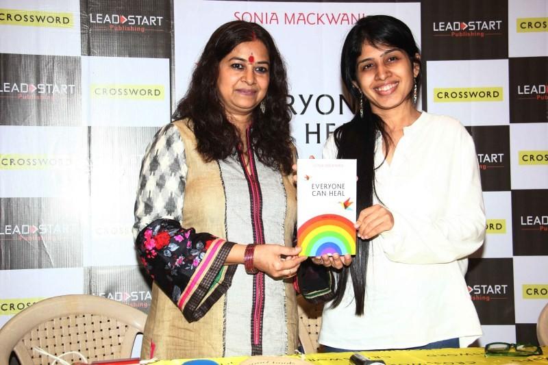 Rekha Bhardwaj,Sonia Mackwani,Rekha Bhardwaj Launches Sonia Mackwani's Book 'Everyone Can Heal',Everyone Can Heal book launch,Everyone Can Heal,Sonia Mackwani's Book 'Everyone Can Heal'