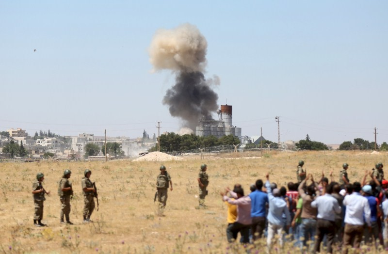 ISIS Attacks,ISIS Attacks Kobani Again,Islamic State,ISIS militants,Syrian town,Islamic State attacks Kobani,Turkey,Sanliurfa province,Sanliurfa